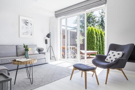 Door blinds in grey and white room