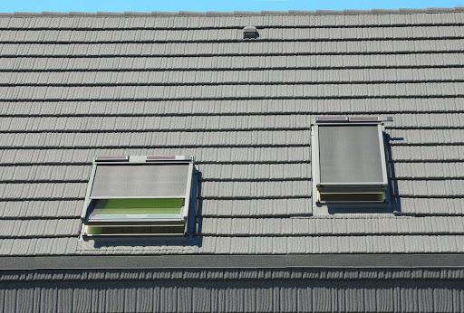 Fitting velux blinds