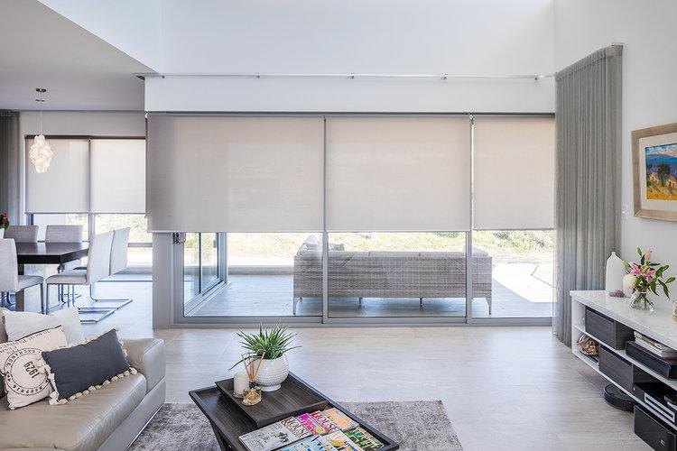 7 tips for choosing living room blinds