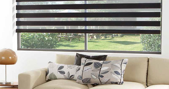 day and night black and white roller blind