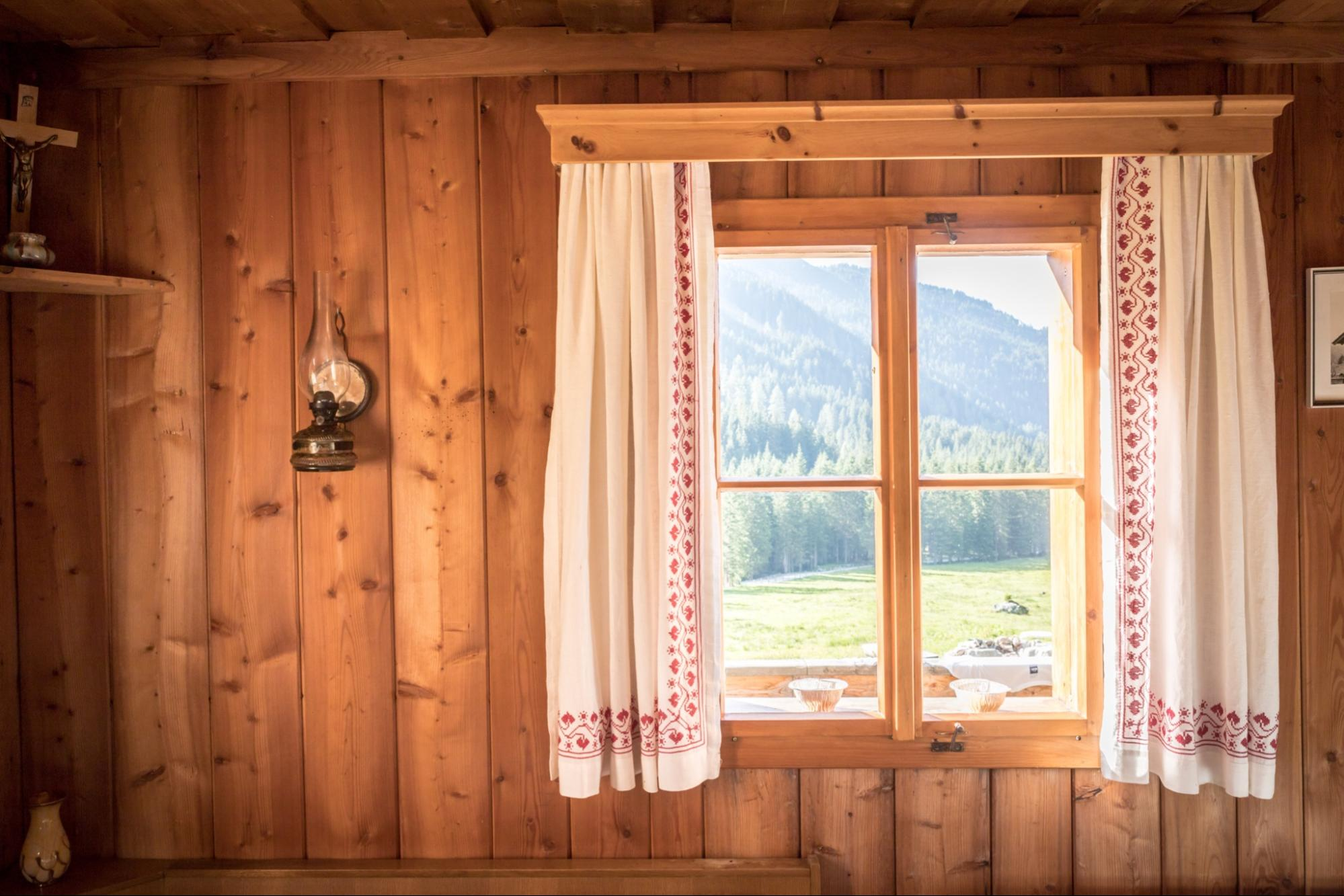 rustic country blinds