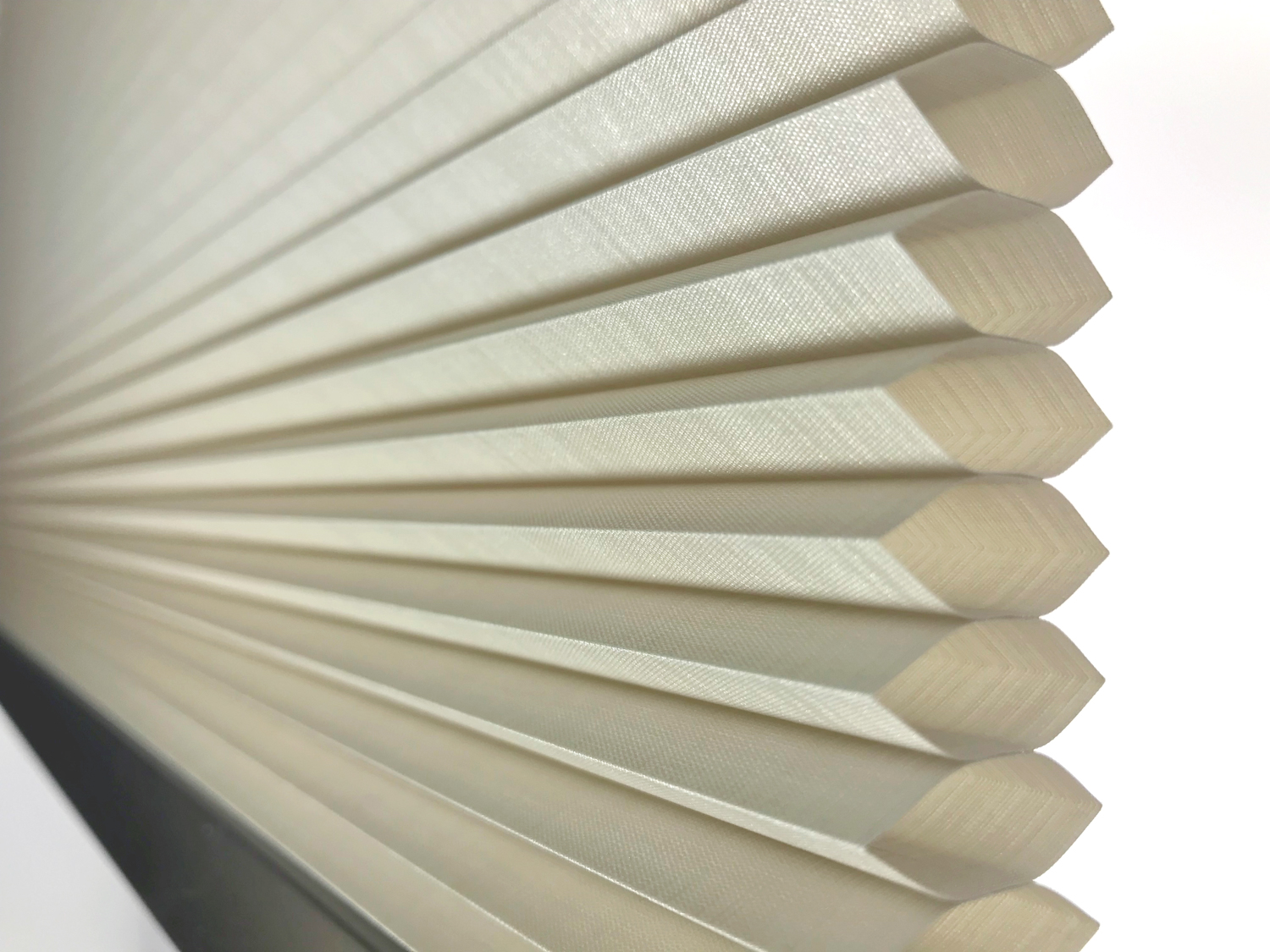 internal honeycomb structure of an ecofit blind